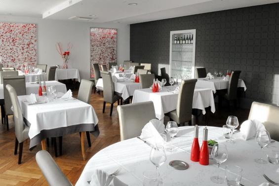 Salle restaurant La Maison Blanche Romanèche-Thorins